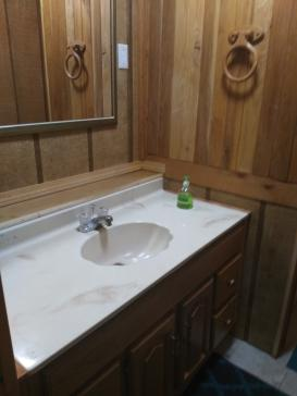 Riverside Cabin sink and mirror